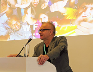 Mr Sven-Olov Carlsson opened World Forum Against Drugs in Vienna. Foto: Drugnews